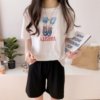 2F韓衣-簡約寫實風印花精梳棉上衣短褲套裝-白-(M-2XL)