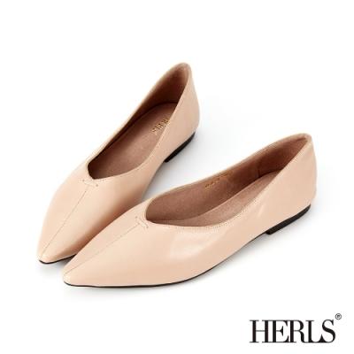 HERLS平底鞋-柔軟全真皮縫線尖頭平底鞋-奶油杏