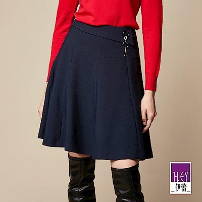 ILEY伊蕾 金屬造型縫飾圓展裙(藍)
