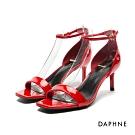 達芙妮DAPHNE 涼鞋-亮片金蔥/漆皮一字方頭高跟涼鞋-紅色