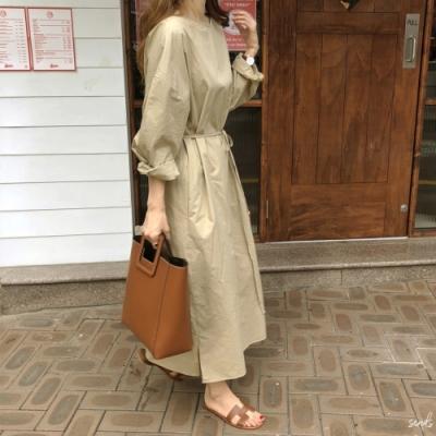 【KISSDIAMOND】秋季簡約寬鬆圓領長款連衣裙洋裝(約會/百搭/休閒/KDD-1512)