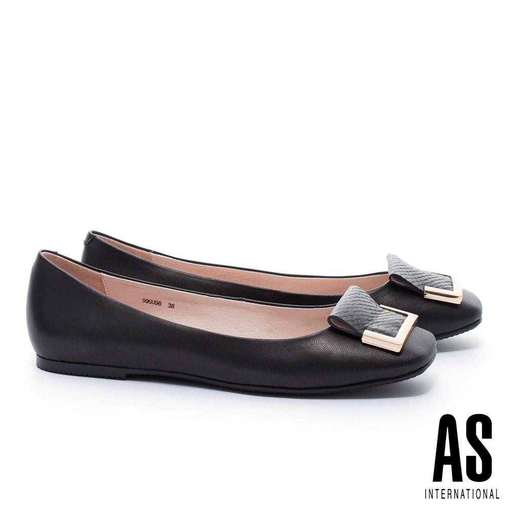 平底鞋 AS 簡約半方型飾釦反折設計方頭全真皮平底鞋-黑