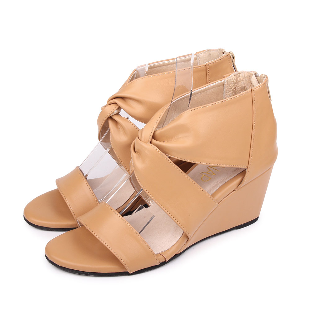 TTSNAP楔型涼鞋-個性交叉修長高跟涼鞋 棕