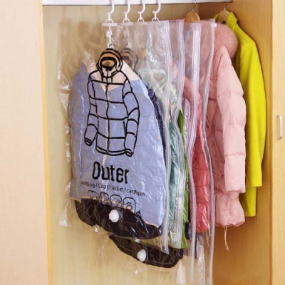 EZlife(6入組)可掛式真空收納袋(大)贈枕頭玩偶晾曬網