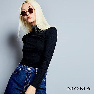 MOMA 素色高領上衣