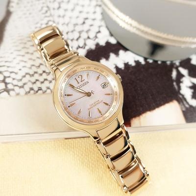 CITIZEN 光動能 珍珠母貝 萬年曆 電波 日期 不鏽鋼手錶-銀白x鍍香檳金/30mm