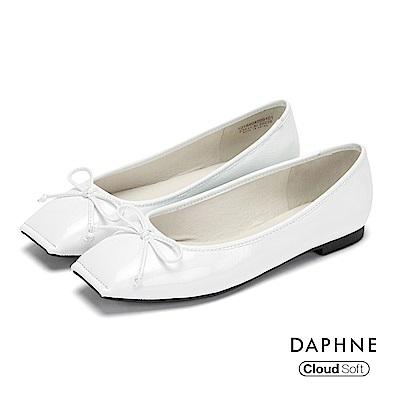 達芙妮DAPHNE 平底鞋-蝴蝶結縫線方頭豚皮內裡平底鞋-白