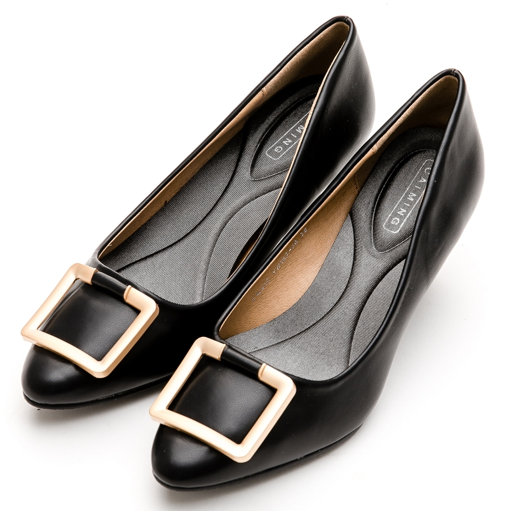 River&Moon中大尺碼-方金扣通勤記憶鞋墊尖頭跟鞋-黑
