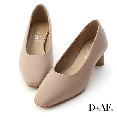 D+AF 優雅氣息.素面小方頭橢圓跟鞋*粉