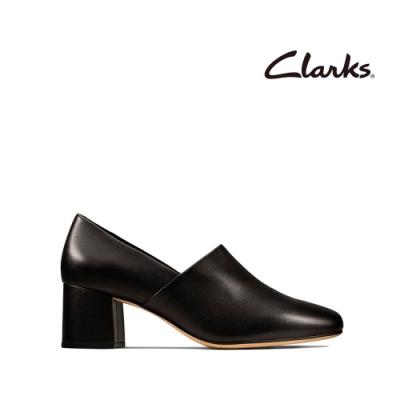 Clarks 純甄品味 柔軟真皮細腰梯形跟女鞋 黑色