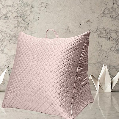 Gloria 時尚菱格紋立體三角大靠枕/抬腿枕-粉色