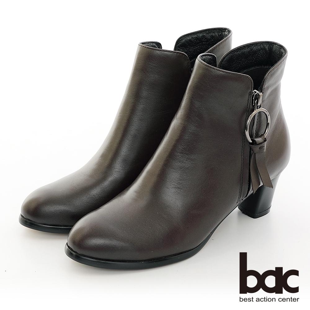 【bac】中性時尚側邊圓環裝飾拉鍊粗跟短靴-咖啡色