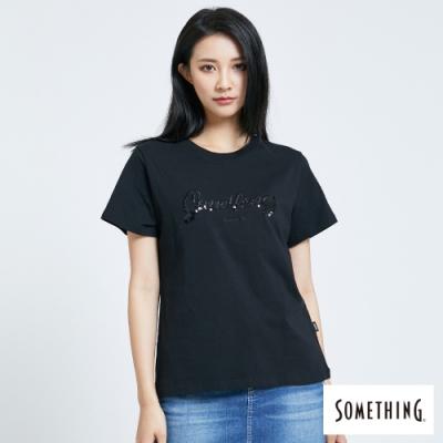 SOMETHING 繡亮片LOGO 短袖T恤-女-黑色