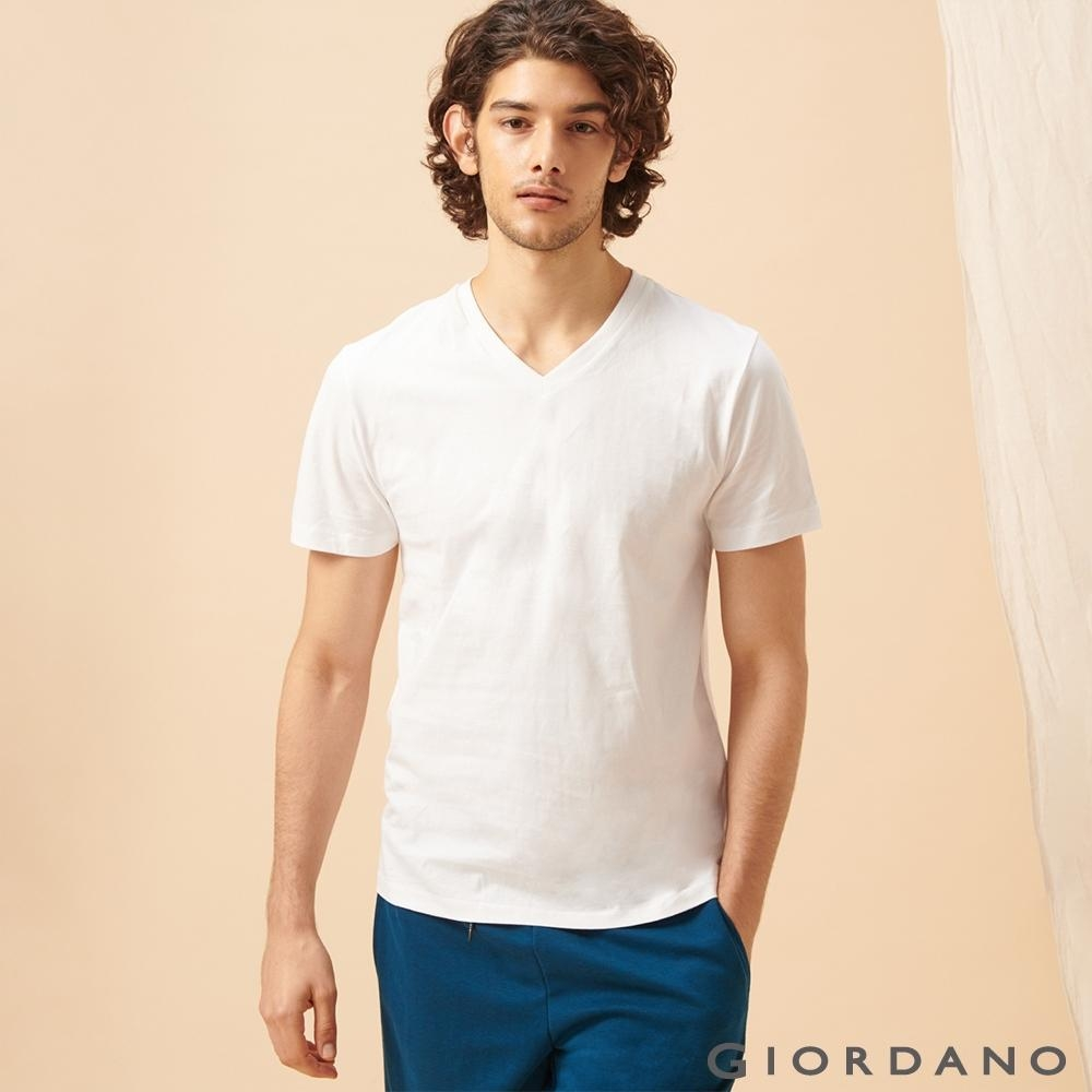 GIORDANO 男裝棉質V領素色T恤-01 標誌白