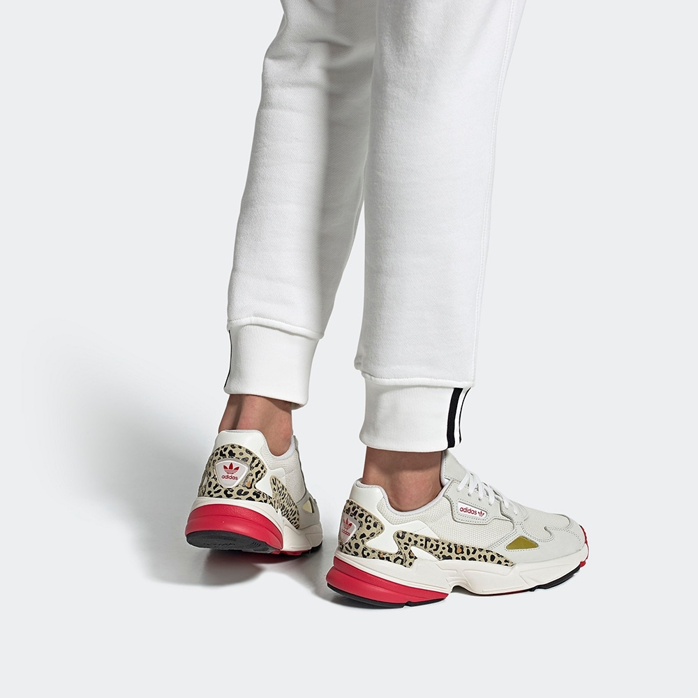 adidas FALCON 經典鞋 女 FV8079