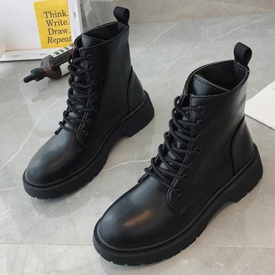 KEITH-WILL時尚鞋館-女神同款條紋素面綁帶靴-黑色