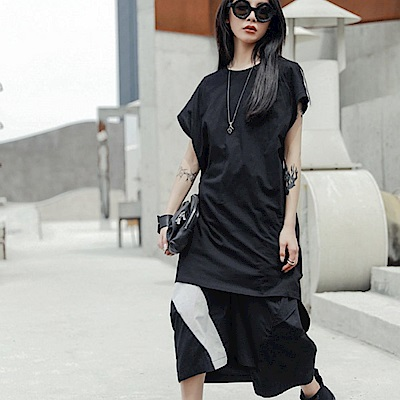 設計所在Style-個性中長版後背擰皺短袖T恤