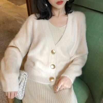 La BellezaV領仿水貂毛大銅釦三釦軟綿毛毛短外套
