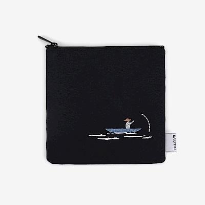 Dailylike 小清新刺繡收納包-12釣魚