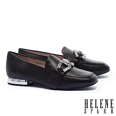 低跟鞋 HELENE SPARK 時尚白鑽馬銜釦造型樂福低跟鞋-黑