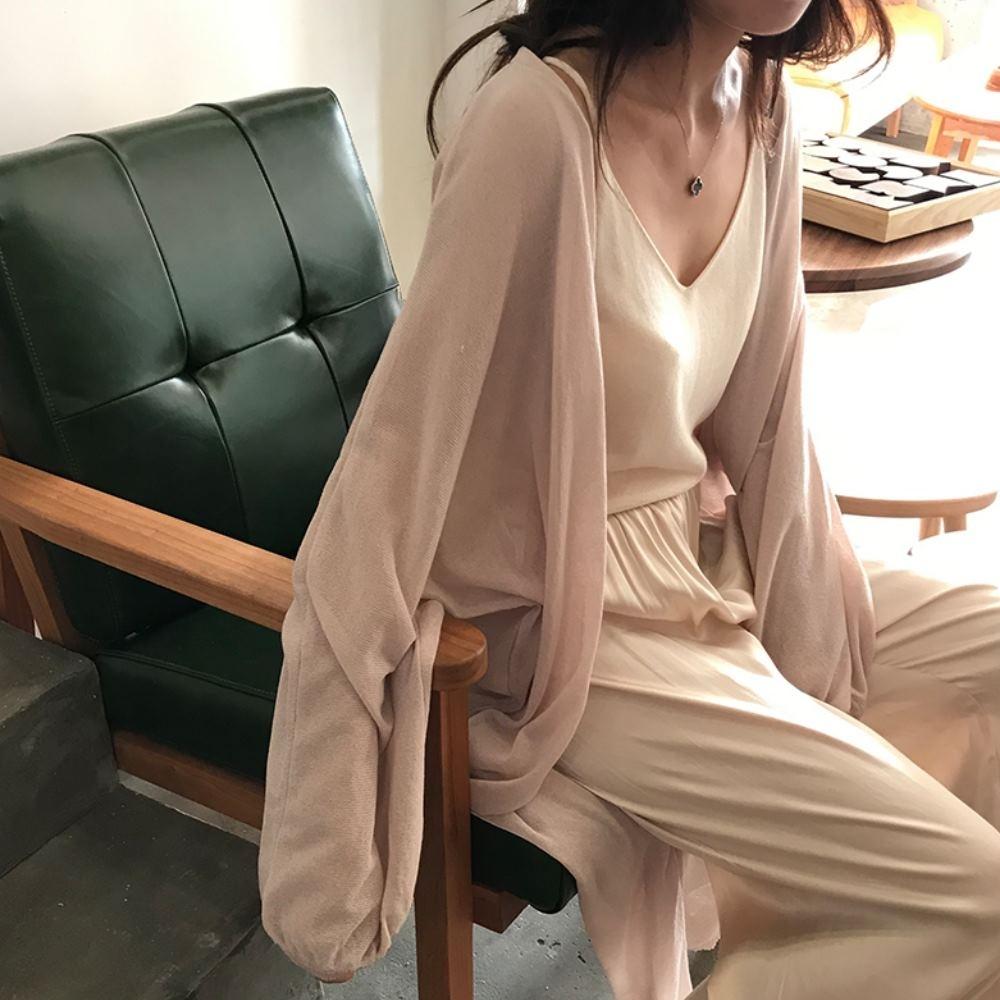 La Belleza慵懶風素色V領燈籠袖縮袖薄針織超長版開衫罩衫外套