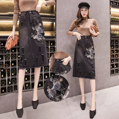 時尚優雅貼花A字顯瘦毛邊黑牛仔裙S-2XL-WHATDAY