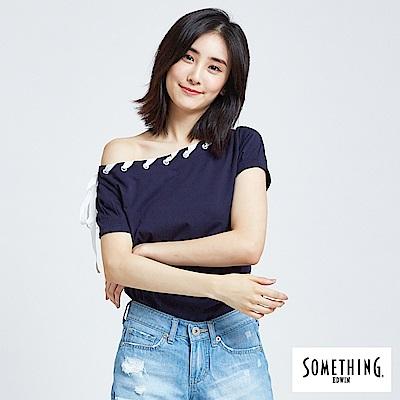 SOMETHING 織帶滾領鈄肩T恤-女-丈青