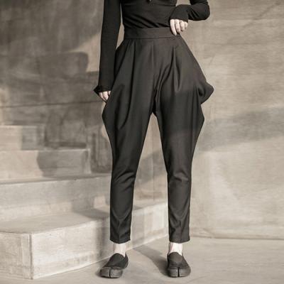 設計所在Style-自製尖角小腳燈籠馬褲九分休閒褲