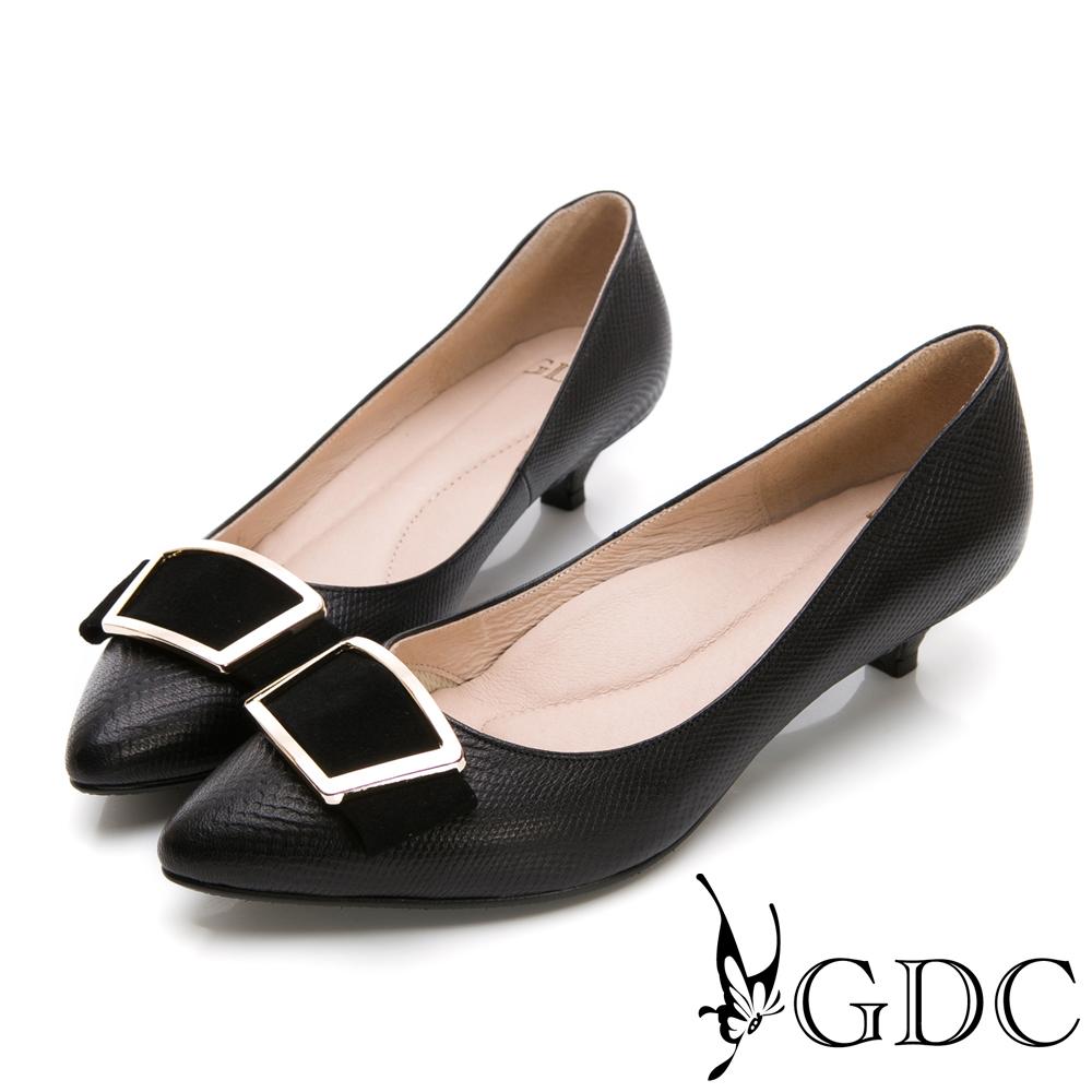 GDC-簡約質感方扣羊絨尖頭低跟鞋-黑色