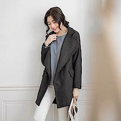 大翻領落肩造型長版大衣外套-OB大尺碼