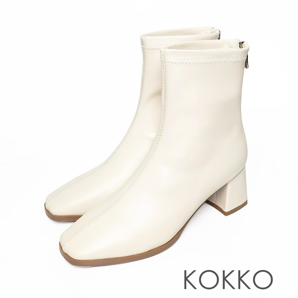 KOKKO激瘦感方頭粗跟短靴白色