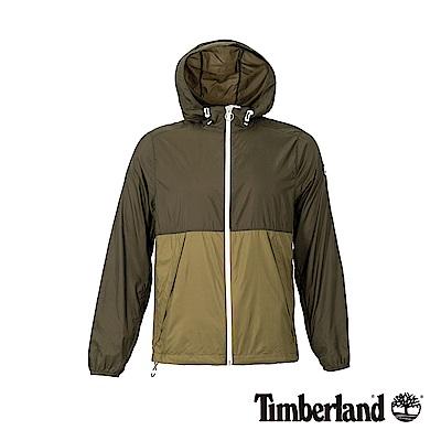 Timberland 男款軍綠色輕薄款防風連帽外套|A1OLG