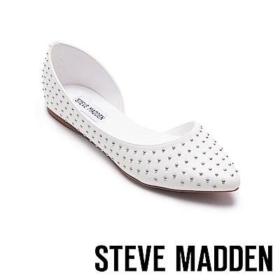 STEVE MADDEN-ELOPE搖滾鉚釘尖頭平底鞋-白色