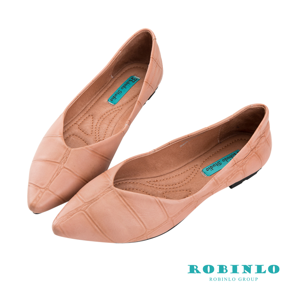 Robinlo 經典鱷魚紋軟羊皮尖頭平底鞋 杏