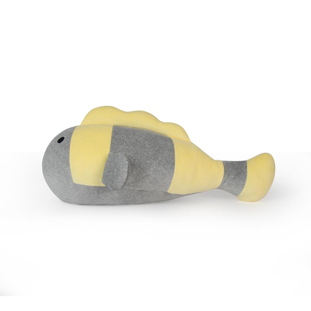 Yvonne Collection 立體熱帶魚造型抱枕-淺灰/嫩黃