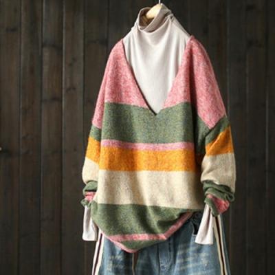輕柔質感彩虹條紋針織衫V領套頭毛衣寬鬆上衣-設計所在
