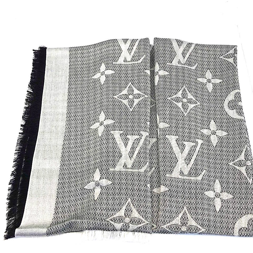 LV M70659 BEYOND MONOGRAM 雙面披肩/圍巾 (珍珠灰) @ Y!購物