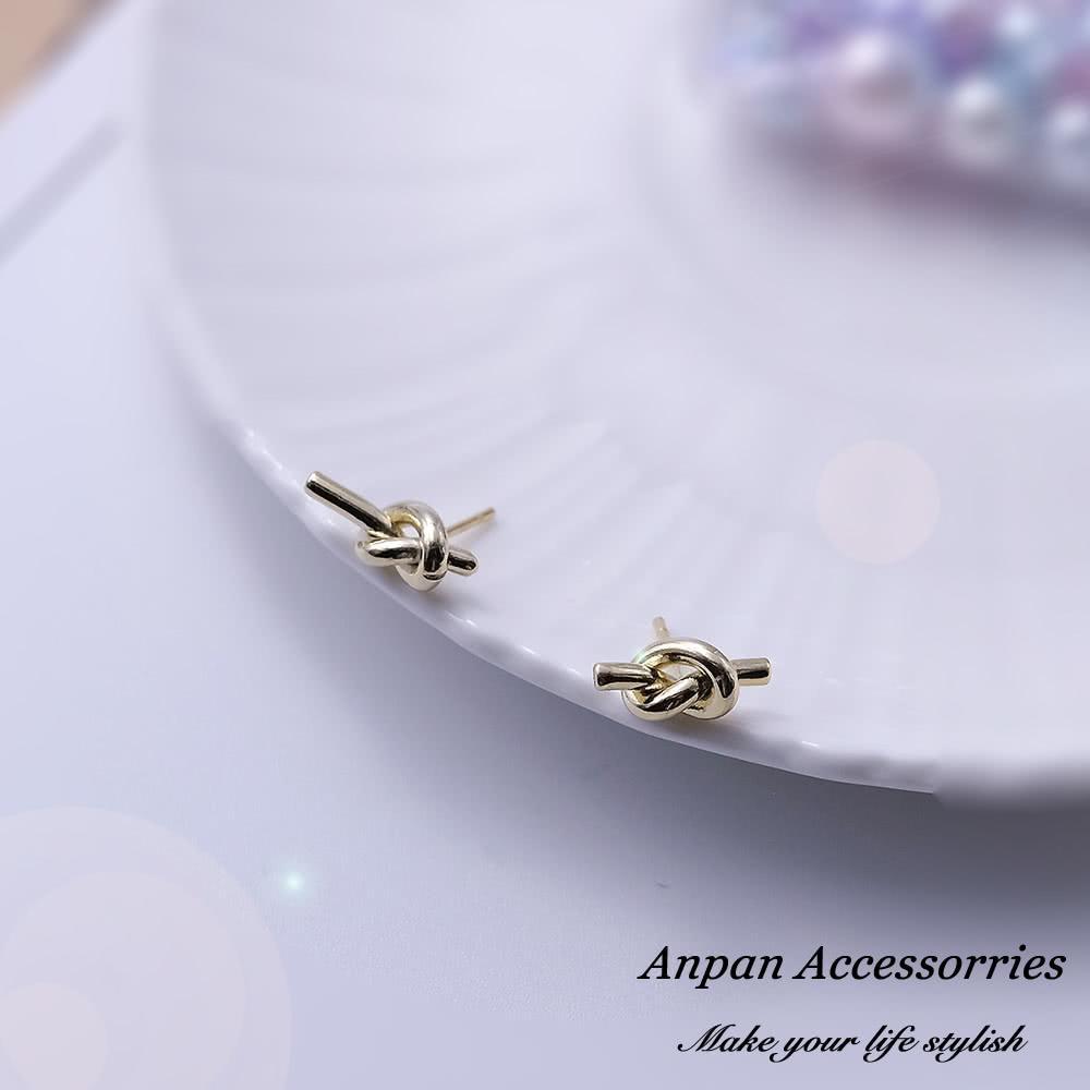 【Anpan 愛扮】韓東大門NYU幸福繩結925銀針耳釘式耳環