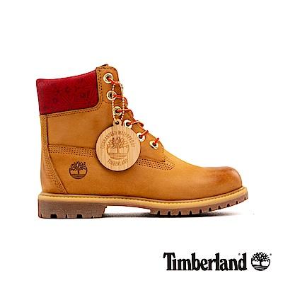 Timberland 女款小麥色磨砂革圖騰紅領經典6吋靴|A243Q