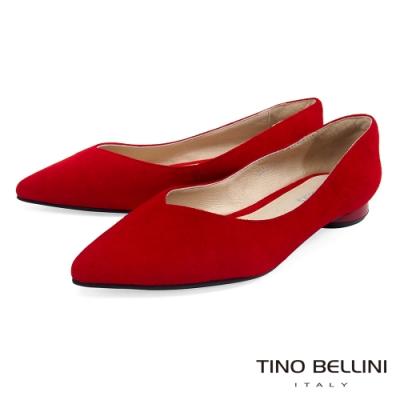 Tino Bellini 純色羊麂皮好穿尖頭低跟娃娃鞋_紅