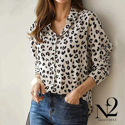 襯衫 正韓愛心豹紋抗皺材質長袖襯衫(米) N2
