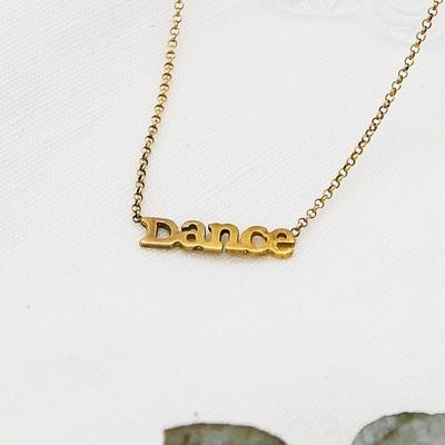 Dogeared  Dance字母金色項鍊