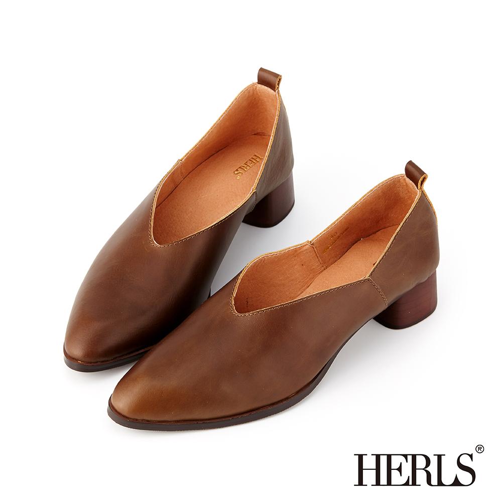 HERLS 復古優雅 全真皮V口素面粗跟鞋-橄欖綠