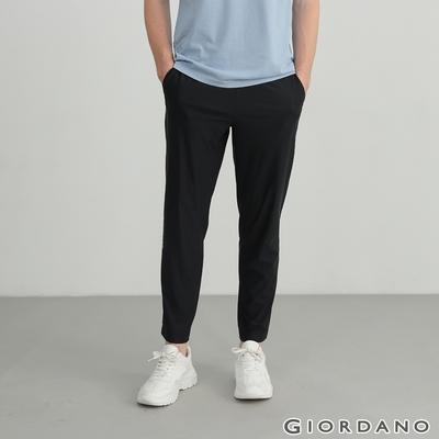 GIORDANO 男裝輕薄涼感運動休閒褲 - 09 標誌黑