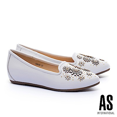 低跟鞋 AS 立體花朵造型全真皮內增高樂福低跟鞋-白
