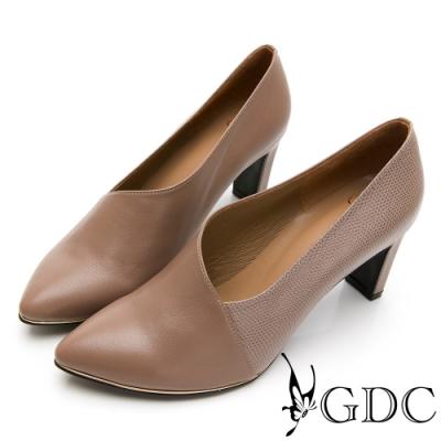GDC-時尚都會拼接皮紋真皮斜裁切尖頭跟鞋-紫色