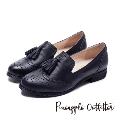 Pineapple Outfitter 牛津皮革流蘇樂福平底鞋-黑色