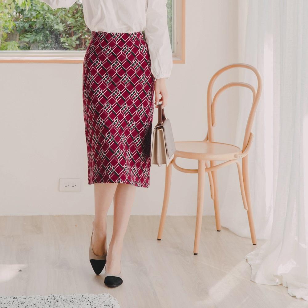 溫暖針織幾何圖紋彈力中長包裙-OB大尺碼