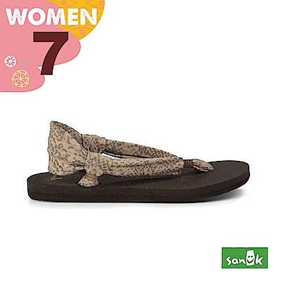SANUK 女款US7 動物紋綁帶涼鞋(豹紋)