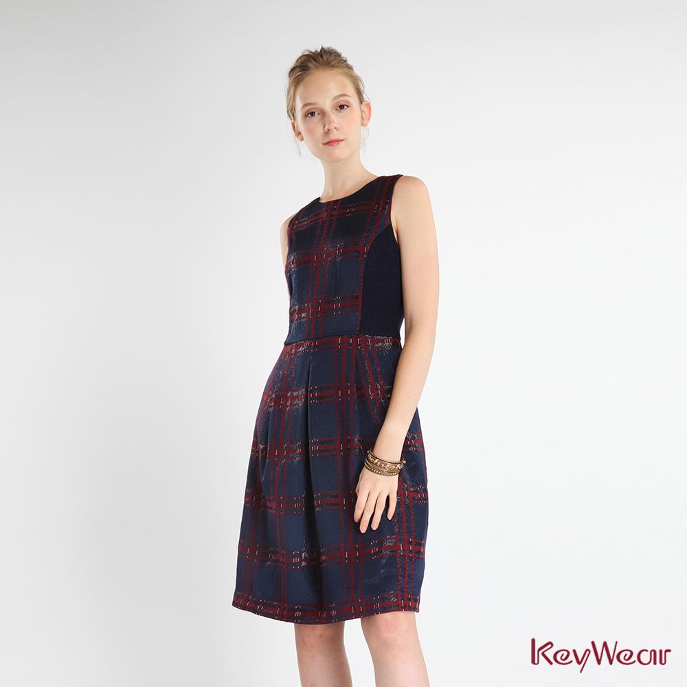 KeyWear奇威名品    奢華金蔥格紋緹花毛料洋裝-深藍色